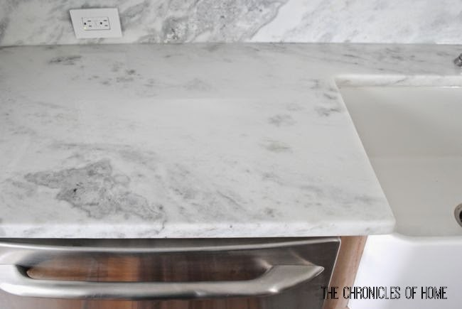 Quartz that looks like carrara marble