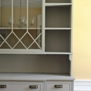 How to Raise a Vintage Hutch