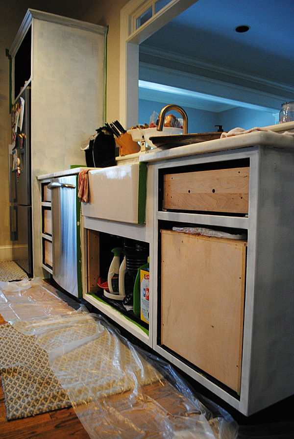 how to paint kitchen cabinets yourself03