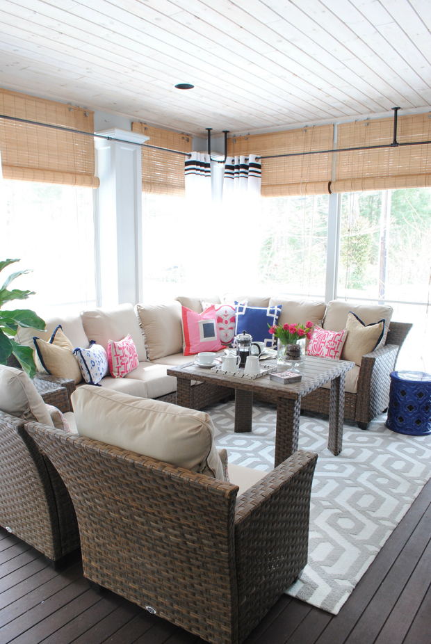 navy and pink screened porch05
