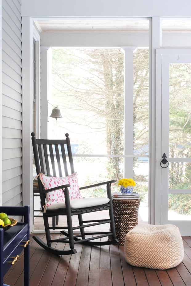 navy and pink screened porch08