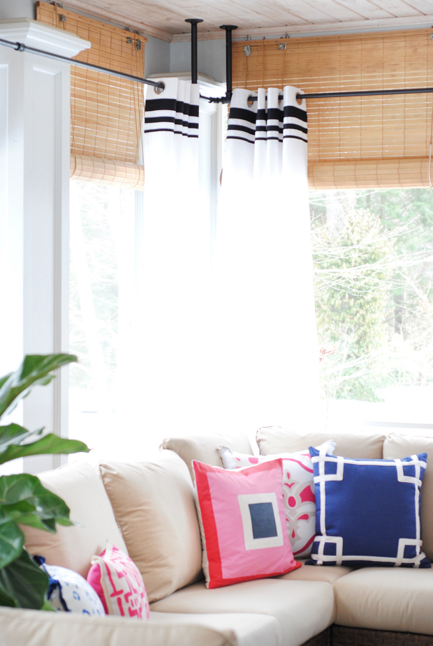 navy and pink screened porch24