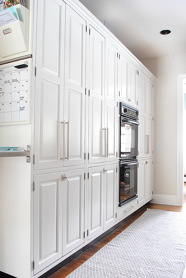 how-to-paint-kitchen-cabinets-yourself08