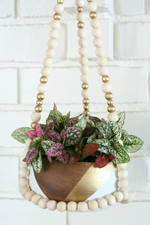 TIG DIY-Beaded-Hanging-Planter-11