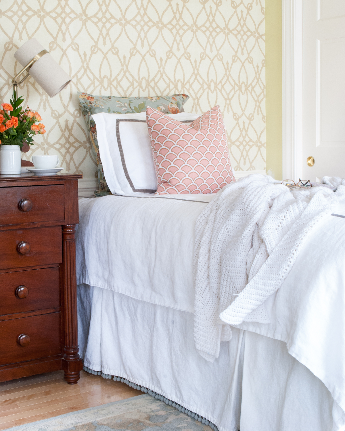 Classic neutral twin bedding in luxurious linen with velvet trim. Timeless and perfect for any room in the house!