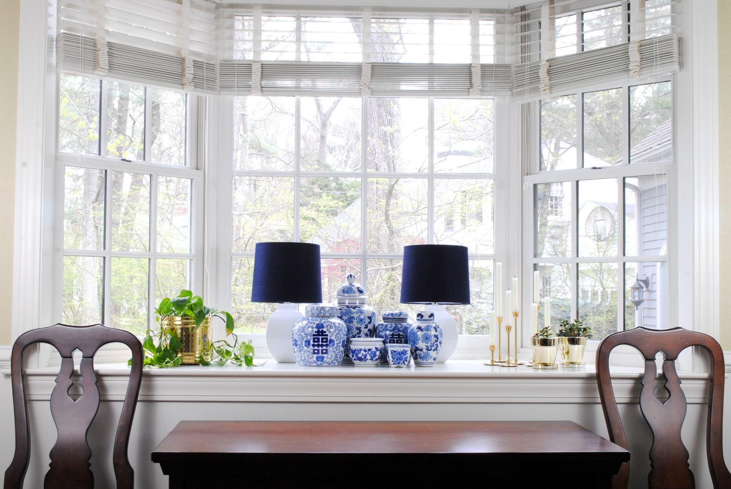 Blue and white pottery ginger jars collection, how to decorate a bay window, and how you can get this look on a budget!