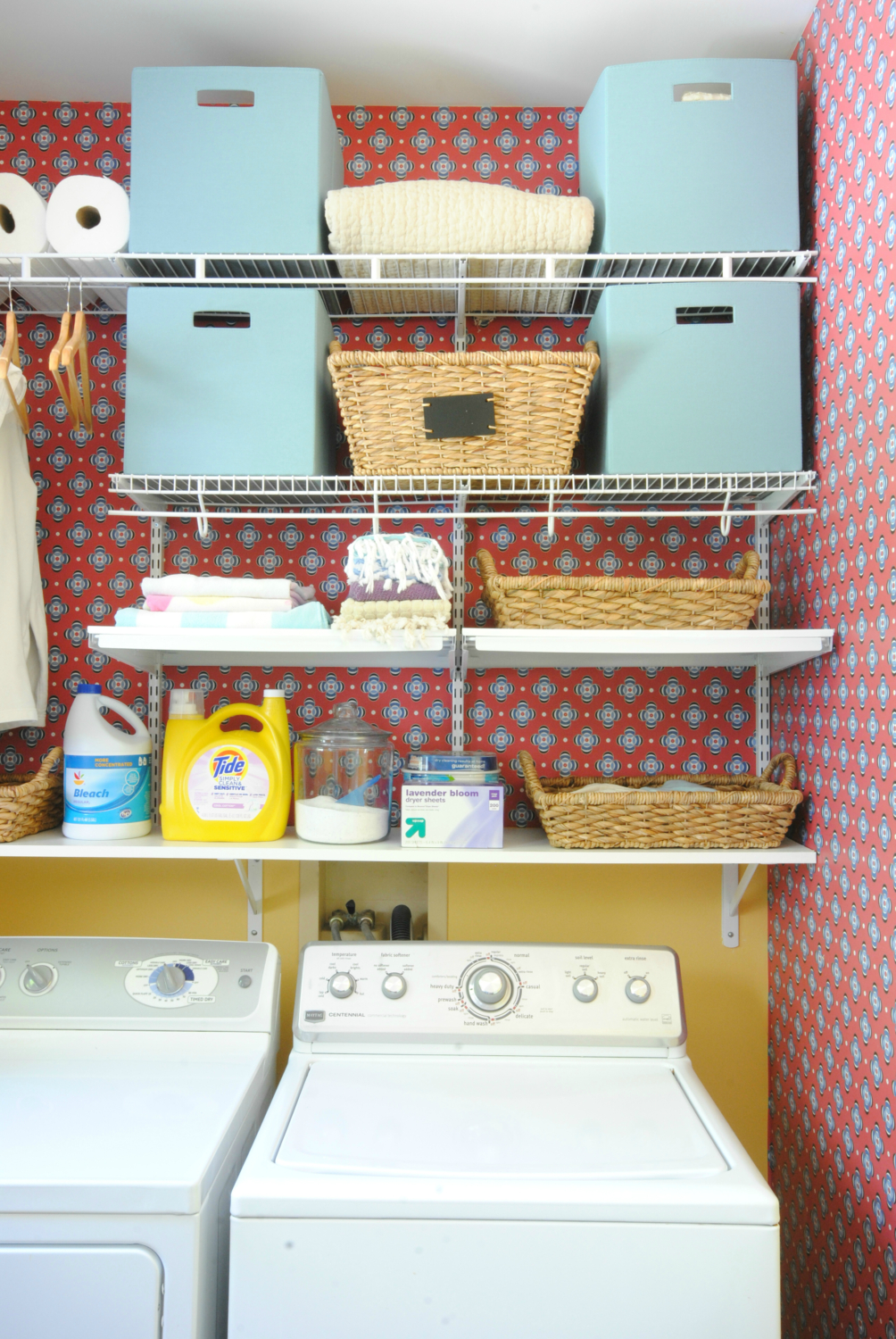 Beautifully organized laundry room - get all the details on how you can turn your laundry room from a mess to a dream in just one afternoon!