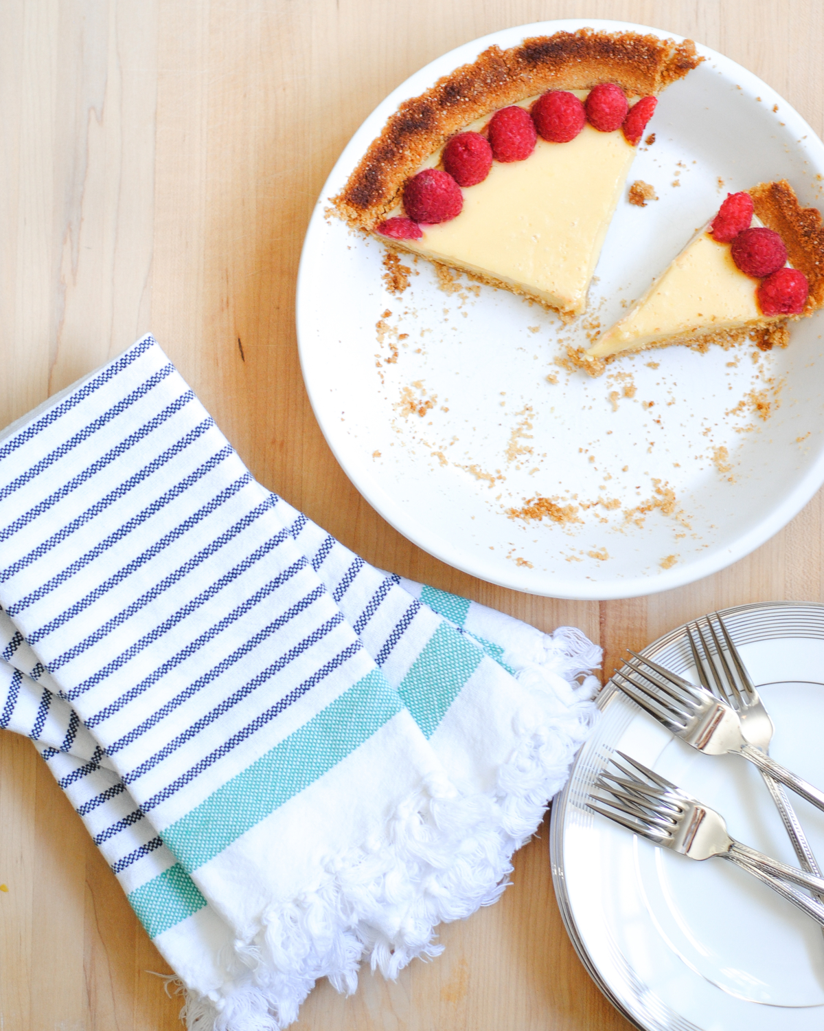 Perfect, classic key lime pie - everyone loves this dessert and it is so easy to make. A perfect summer dessert for any occasion.