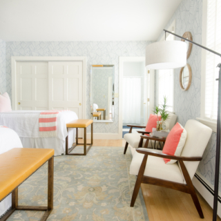 colorful-classic-guest-room-7