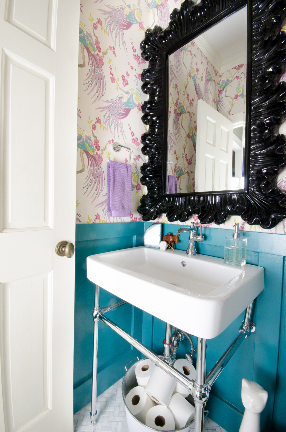This Gorgeous Chrome Console Sink Is Perfect For A Small Powder Room!
