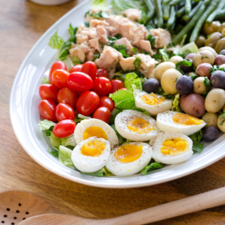 Easy Tuna Nicoise Salad (Whole 30 & Paleo)