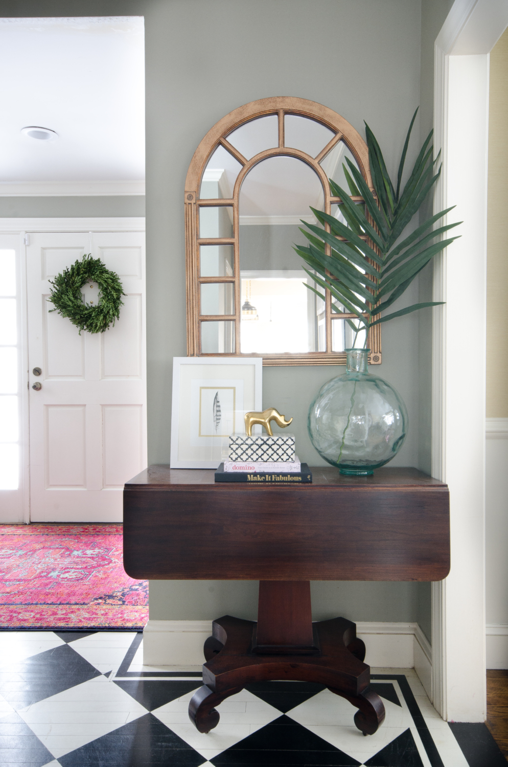 Entryway table styling