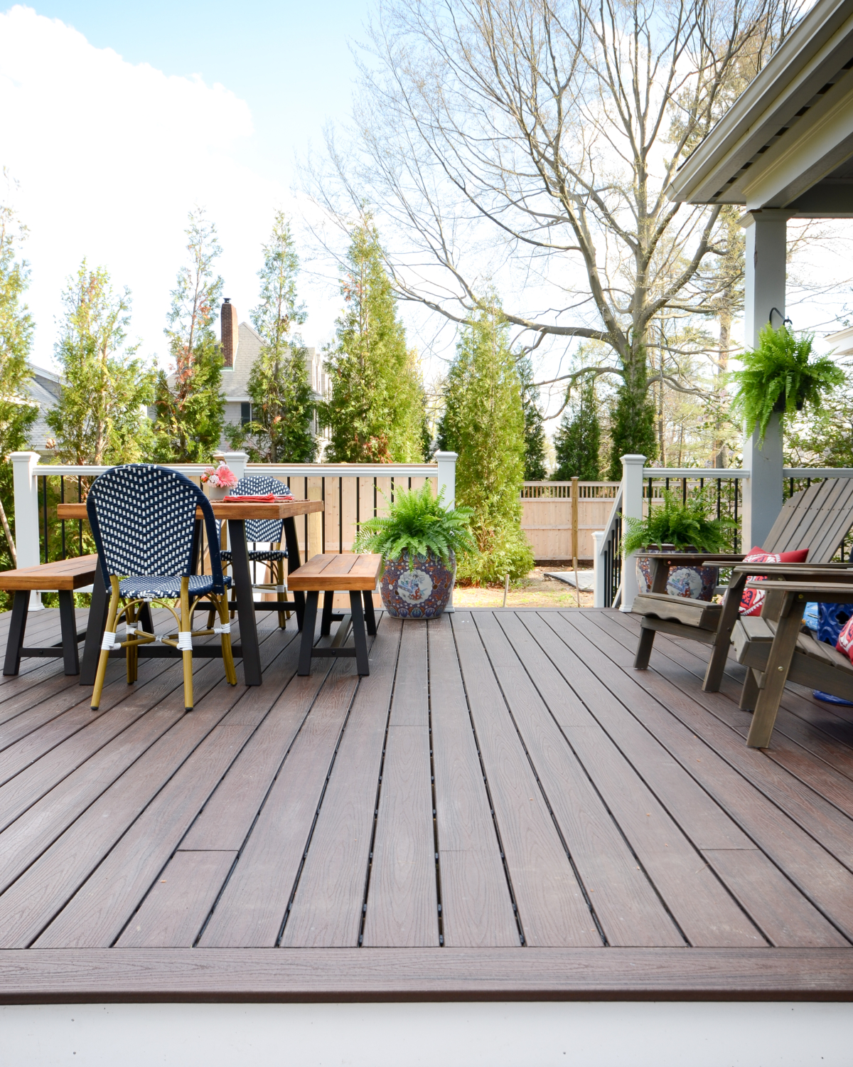 DIY deck reveal - how to build a gorgeous custom deck yourself with Trex materials