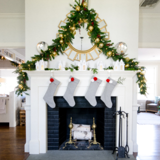 2017 Classic Christmas House Tour – Entryway and Living Room
