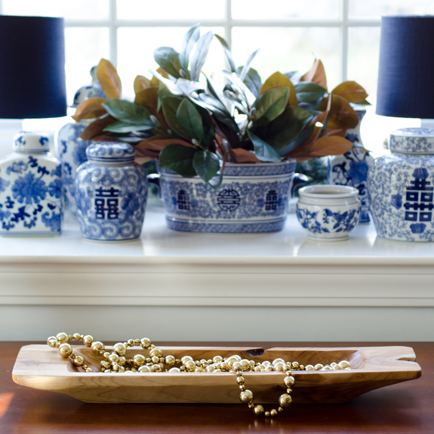 Classic Christmas dining room with blue and white pottery