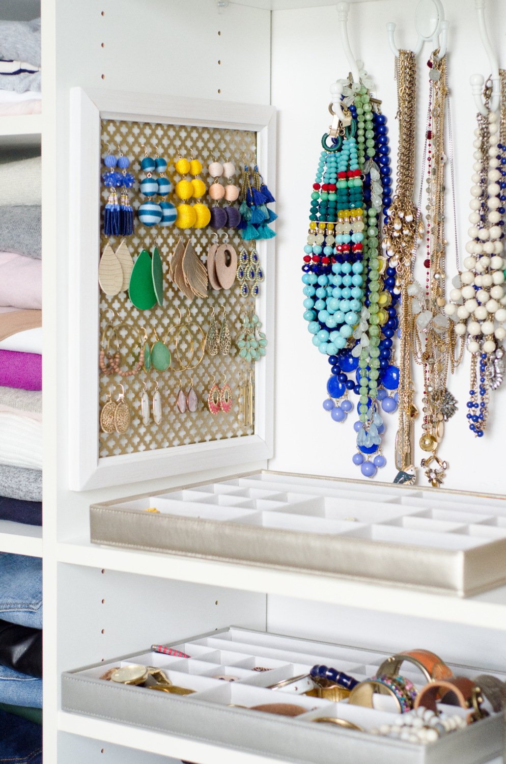 Make this DIY earring organizer in five minutes with just three things! It's an easy and inexpensive way to organize jewelry, No fancy DIY skills required!