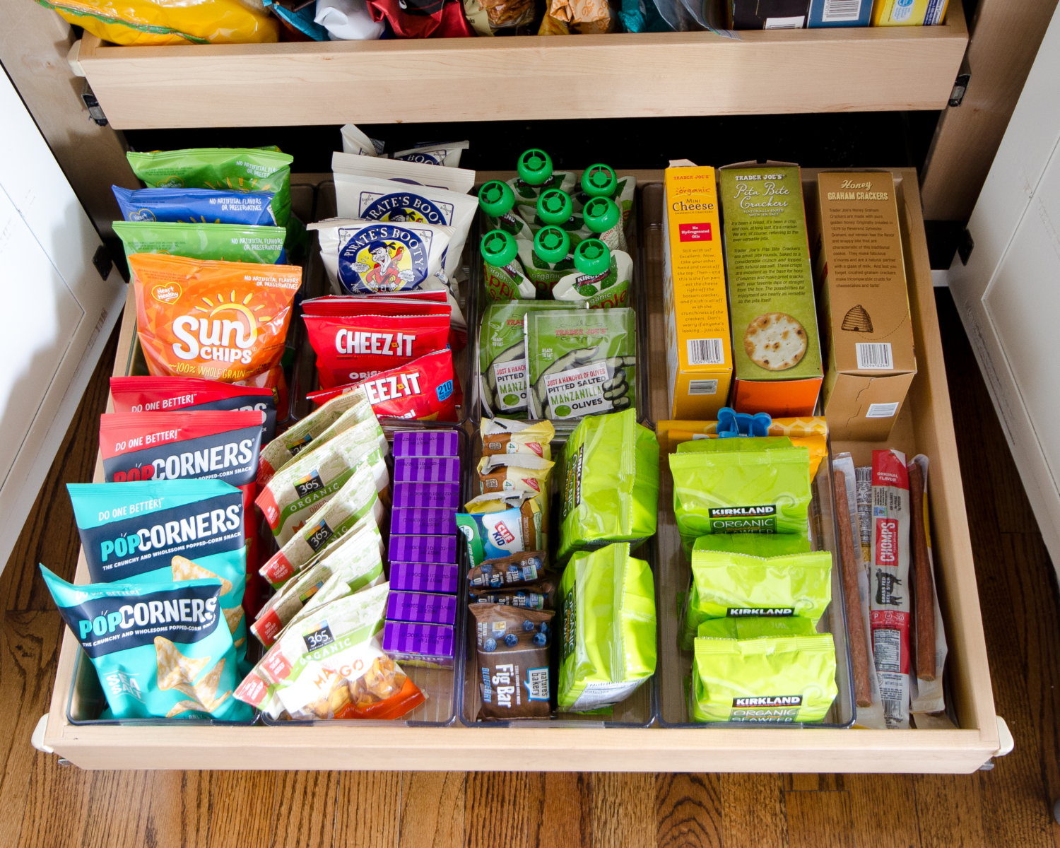 Easy organization ideas for the pantry and kitchen